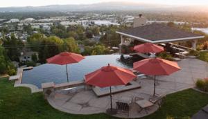 swimming pool design contractor Danville