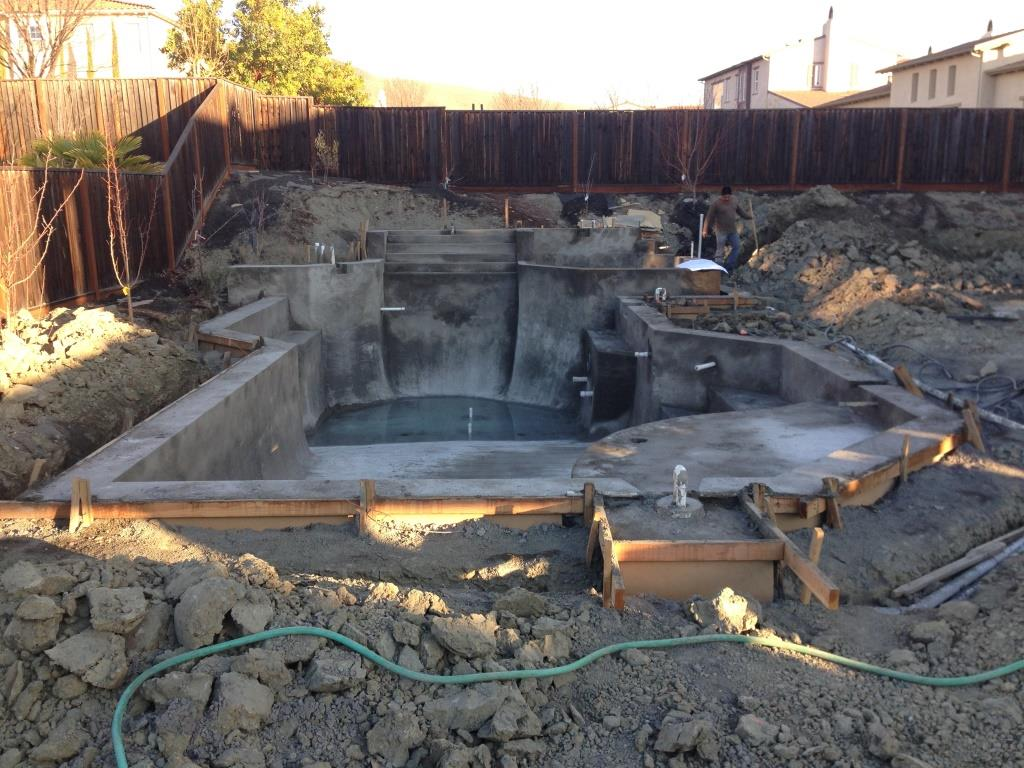 Swimming pool design and construction in san ramon for Swimming pool builders