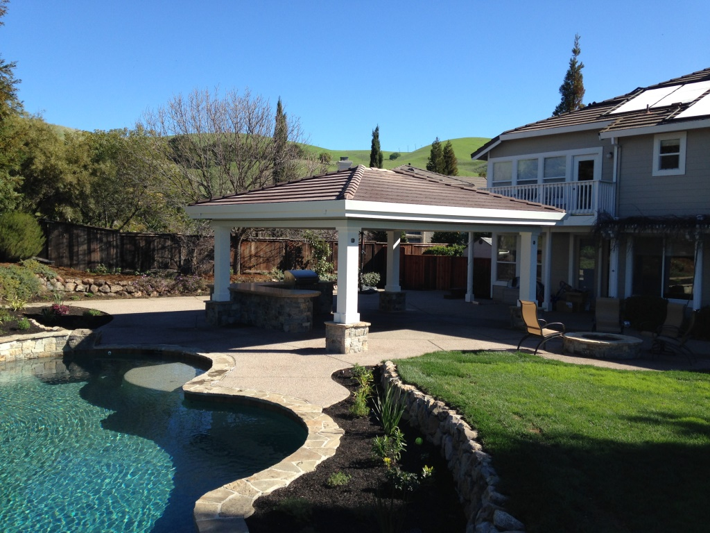 Swimming pool spa design and construction in walnut creek for Pool house outdoor kitchen designs