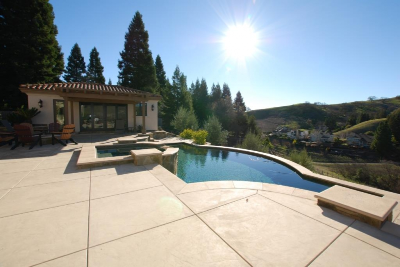 Swimming Pool and Hardscape Designer Lafayette