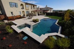 New Swimming pool design contractor