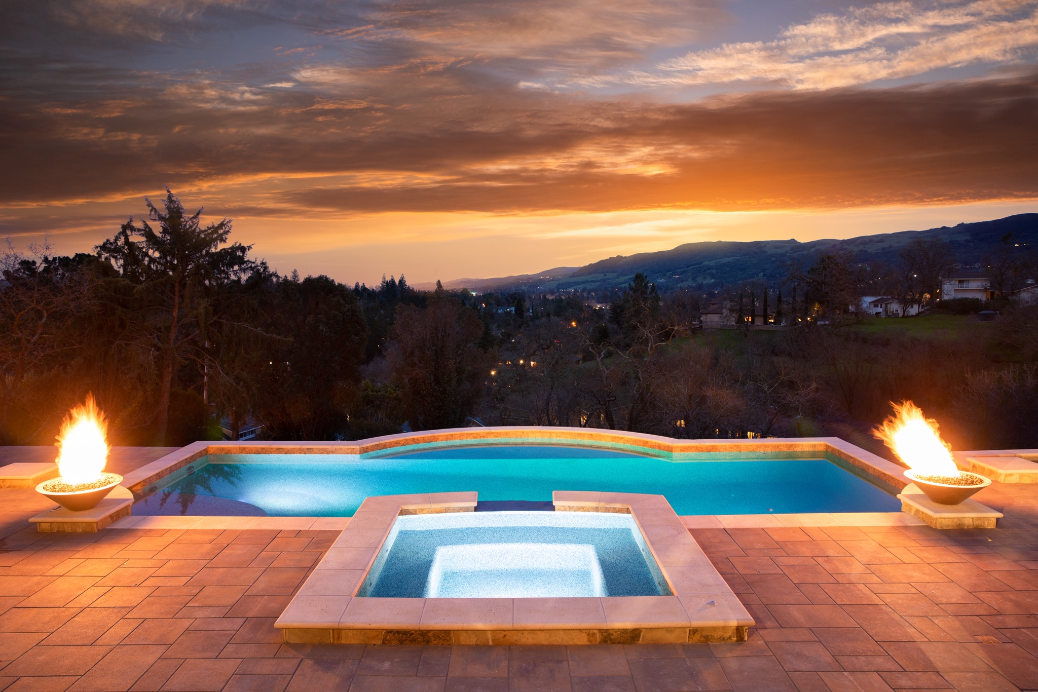 Quality swimming pool design and construction